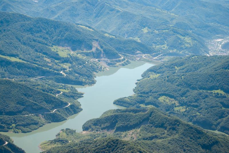 Barajul Siriu si Lacul de acumulare Siriu
