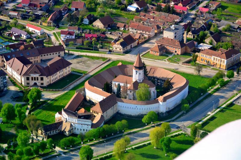 Cetatea Prejmer - Biserica Evanghelica si Cetatea Taraneasca